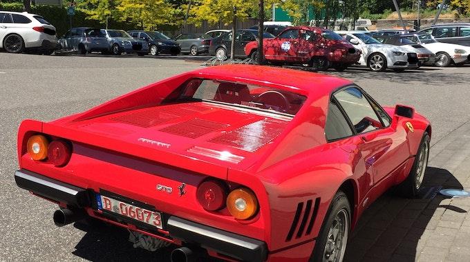 Dieses am 13. Mai 2019 von der Polizei Düsseldorf zur Verfügung gestellte Foto zeigt einen Ferrari. Ein Dieb nutzte die Gelegenheit einer Probefahrt und entwendete am 13.05.2019 in Neuss-Uedesheim den seltenen Ferrari GTO.