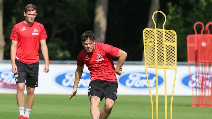 Jorge Mere und Luca Kilian im Training des 1. FC Köln