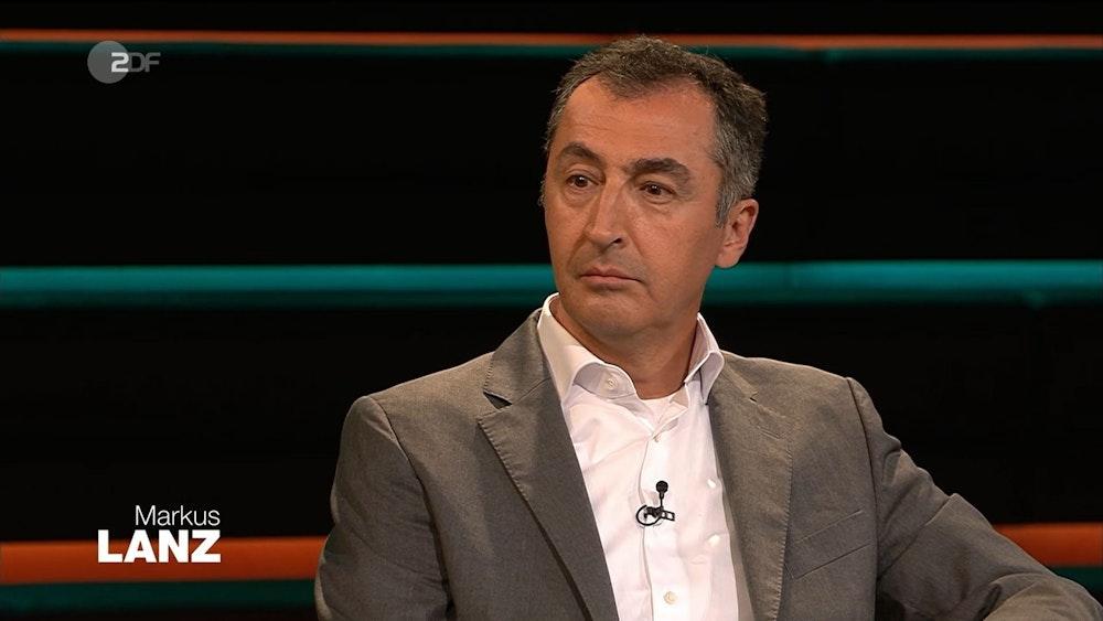 "Grünen-Politiker Cem Özdemir sollte bei ""Markus Lanz"" eigentlich über den Wahlkampf reden. Doch schon zu Beginn der Sendung war er den Tränen nah."