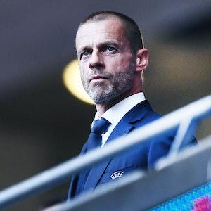 UEFA-Boss Aleksander Ceferin auf der Tribüne