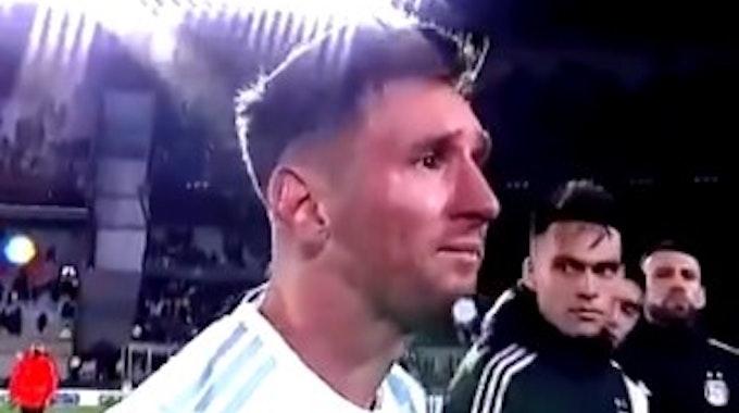 Lionel Messi weint nach seinem Tor-Rekord.
