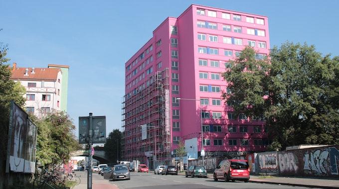 Das Gebäude des Pascha-Bordells wurde pink gestrichen.