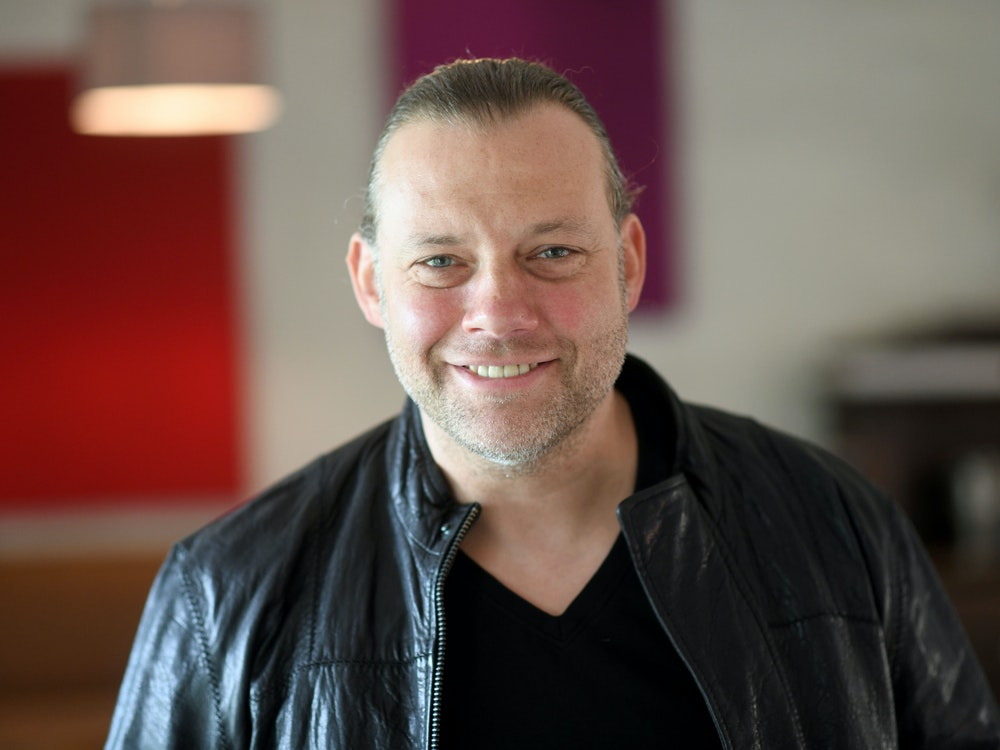 Jörg Nießen posiert für ein Foto