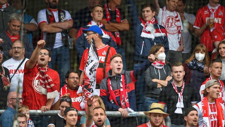 Die Kölner Fans beim SC Freiburg.