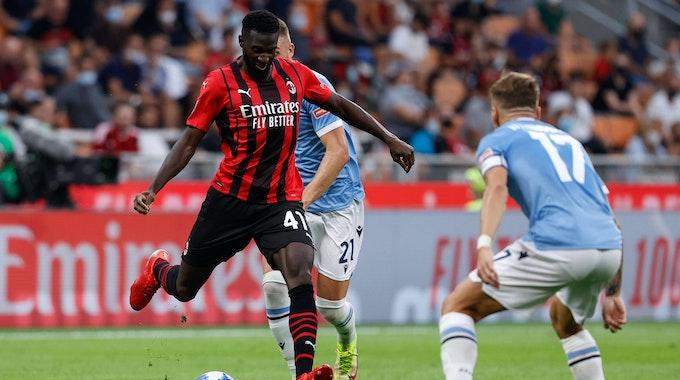 Tiémoué Bakayoko zieht gegen Lazio Rom ab - Ciro Immobile stellt sich in den Schuss