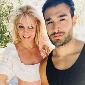 US-Sängerin Britney Spears postet am 25. August 2021 ein gemeinsames Selfie mit Freund Sam auf Instagram. Der Screenshot wurde am 13. September anlässlich der Verlobung des Paares gemacht.