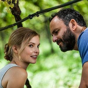 Maike Jüttendonk mit Sami Loris im ZDF-Film Ein Sommer in Südtirol.