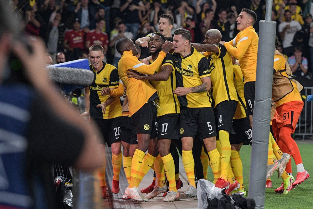 Großer Jubel nach dem Sieg gegen Manchester United bei Young Boys Bern