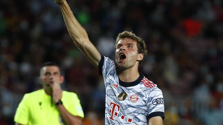 Thomas Müller reckt seine Sieger-Faust in die Höhe nach seinem Tor zum 1:0.