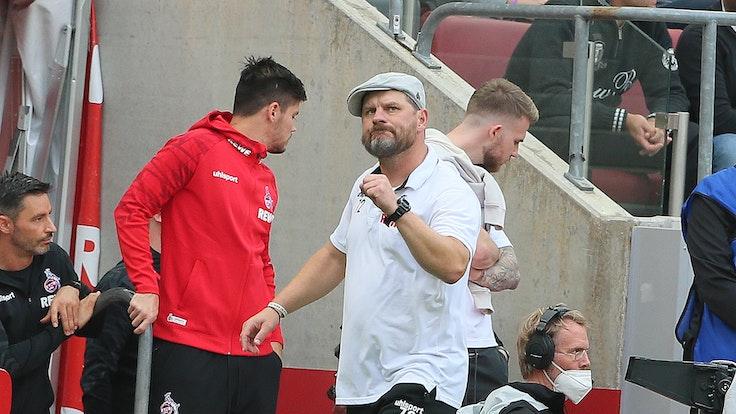 """Steffen Baumgart (1. FC Köln) mit der """"Becker-Faust"""""""