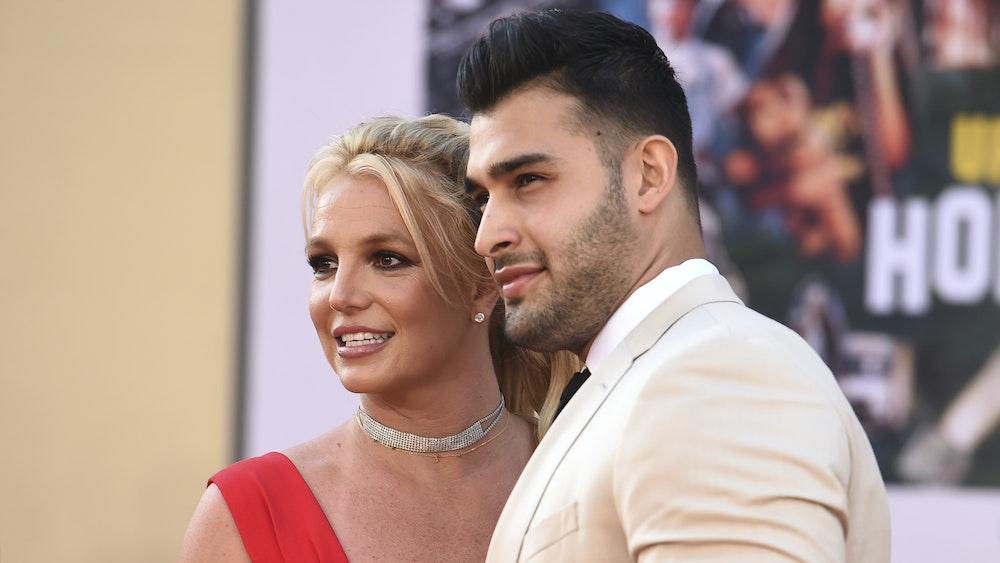 Britney Spears ist mit Sam Asghari, hier 2019 im TCL Chinese Theatre in Los Angeles, verlobt. Um dese Zeit zu genießen, löscht sie ihren Instagram-Account.