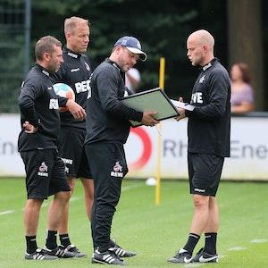 Andre Pawlak, Kevin McKenna, Steffen Baumgart und Rene Wagner (1. FC Köln) beim Training des 1. FC Köln.