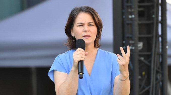 Annalena Baerbock (Bündnis90/Die Grünen), hier bei einer Wahlkampfveranstaltung am 13. September 2021 in Nürnberg, stellte sich am Donnerstagabend im ZDF den Fragen des Publikums.