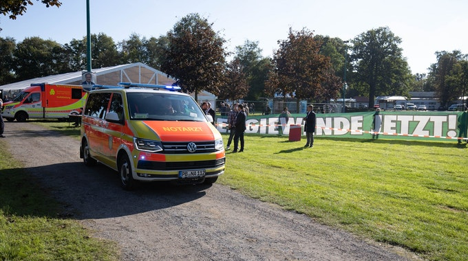Aufgrund eines medizinischen Notfalls gab es eine Verzögerung vor Armin Laschets Auftritt in Delbrück-Steinhorst.