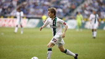 Marko Marin, ehemaliger Spieler von Borussia Mönchengladbach, läuft mit dem Ball am im Spiel der Gladbacher am 10. Mai 2009.