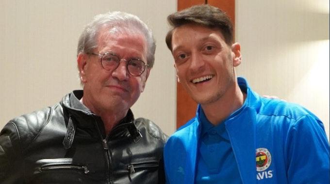 Jürgen Todenhöfer und Mesut Özil