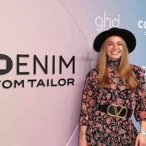 "Moderatorin Lola Weippert bei der ""About You""-Fashion Week in Berlin Mitte September 2021"