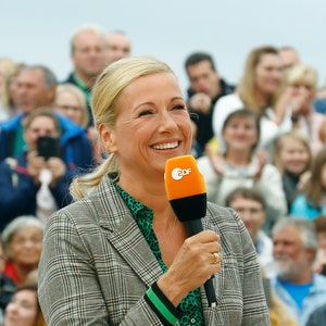"Andrea Kiewel moderiert seit über 20 Jahren den ZDF-""Fernsehgarten""."