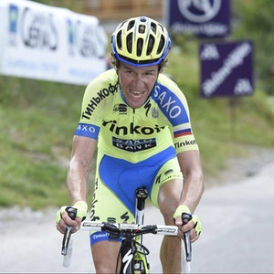Chris Anker Sörensen angestrengt auf einem Rennrad