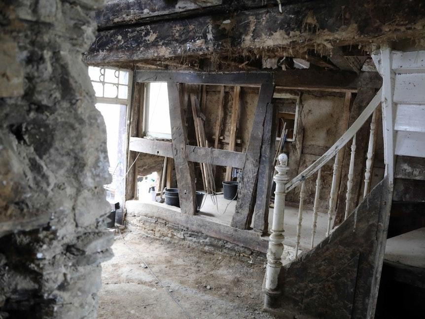 Ruine in Dernau acht Wochen nach der Flut.