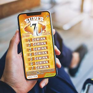 """Beim Rubbellos """"Super 7"""" wartet ein Spitzengewinn von 50.000 Euro (Chance 1:1,3 Millionen)."""
