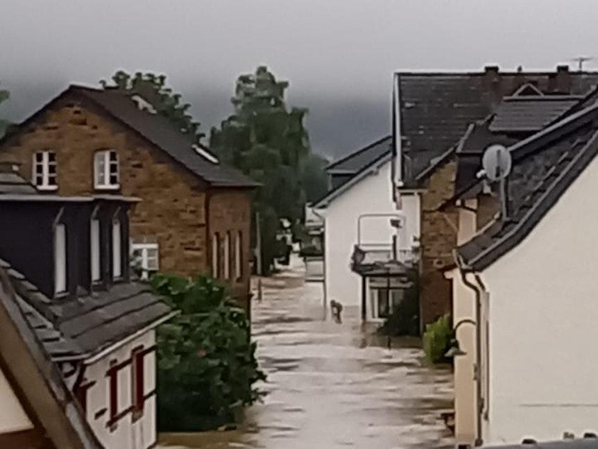 Flutstrom in Dernau am 15.7.2021