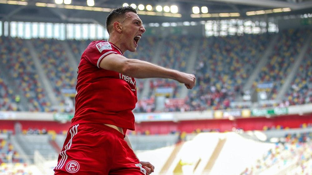 Robert Bozenik bejubelt seinen ersten Treffer für Fortuna Düsseldorf