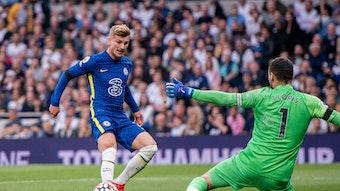 Timo Werner scheitert mit einer Chance an Tottenhams Schlussmann Hugo Lloris.