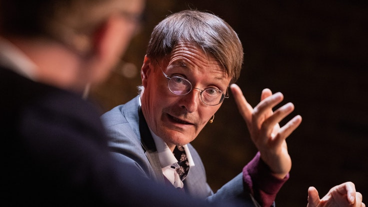 Karl Lauterbach (hier im September 2021 in Köln) übt scharfe Kritik an Aussagen von Jan Josef Liefers.