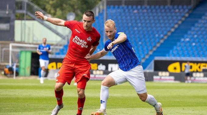 Christian Clemens spielt für die U21 des 1. FC Köln gegen den SV Darmstadt.