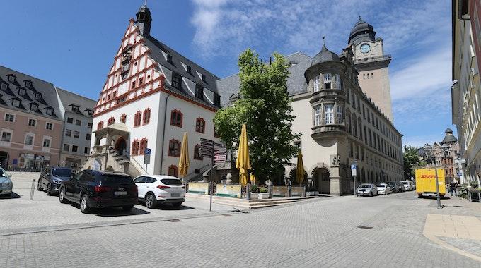 Das Rathaus in Plauen, am 2. Juni 2021. In der Stadt in Sachsen wurden an einem Wahlkampfstand am Samstag (25. September 2021) Politiker der Grünen attackiert.