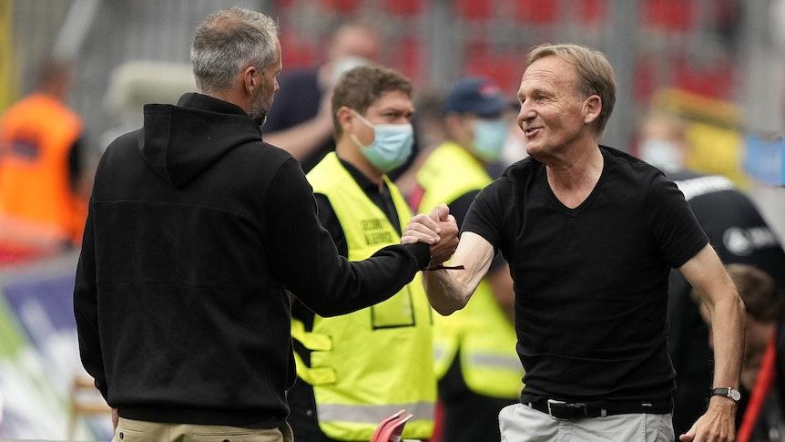 Hans-Joachim Watzke und Marco Rose bei Bayer Leverkusen gegen Borussia Dortmund.