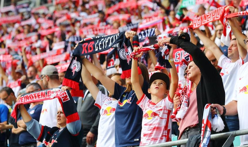 Noch ist unklar, wie viele Fans gegen Bochum ins Stadion dürfen.