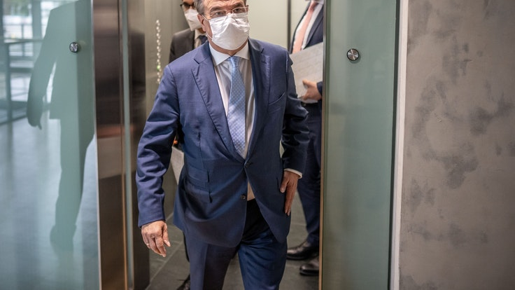 Armin Laschet am Dienstag (28. September) nach der ersten Fraktionssitzung im Bundestag.