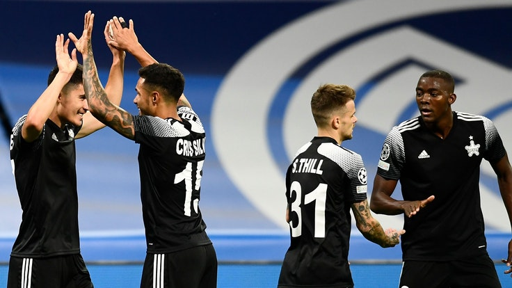 Champions League, Gruppenphase, Gruppe D, 2. Spieltag, Real Madrid verliert gegen Sheriff Tiraspol im Bernabeu-Stadion.