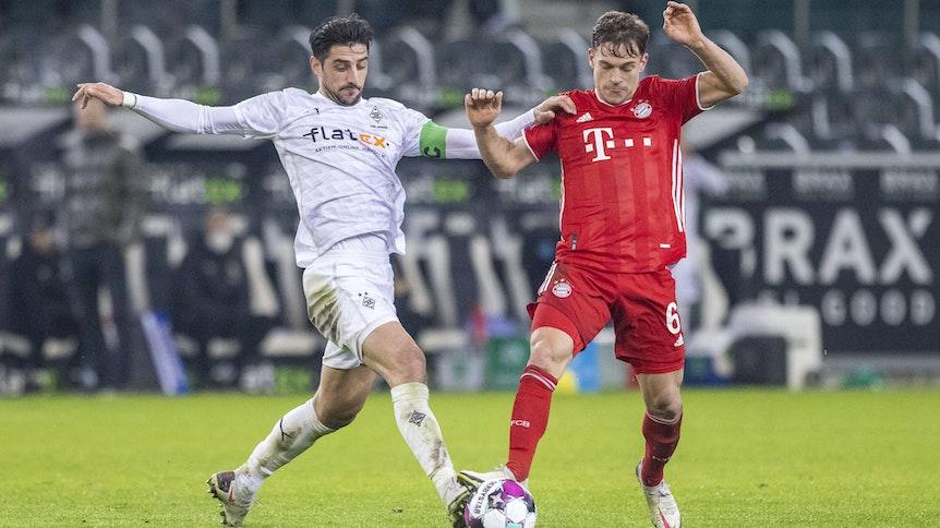 Borussias Kapitän Lars Stindl (l.), hier am 8.1.2020 im Zweikampf gegen Bayerns Joshua Kimmich (r.) im Bundesliga-Spiel des 15. Spieltags, machte gegen den deutschen Rekordmeister ein starkes Spiel.