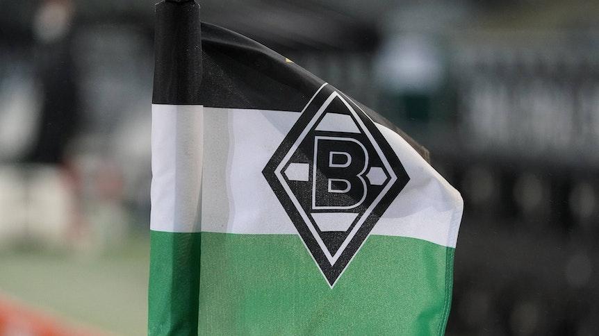 Während des Heimspiels gegen Werder Bremen am 19. Januar 2021 weht im Borussia-Park eine Eckfahne.