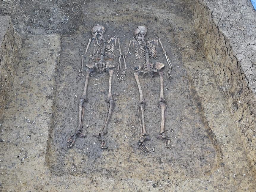 Odkrycie 1500-letniego grobowca w północnej Szwabii: oto kochankowie znalezioni jesienią 2021 roku.