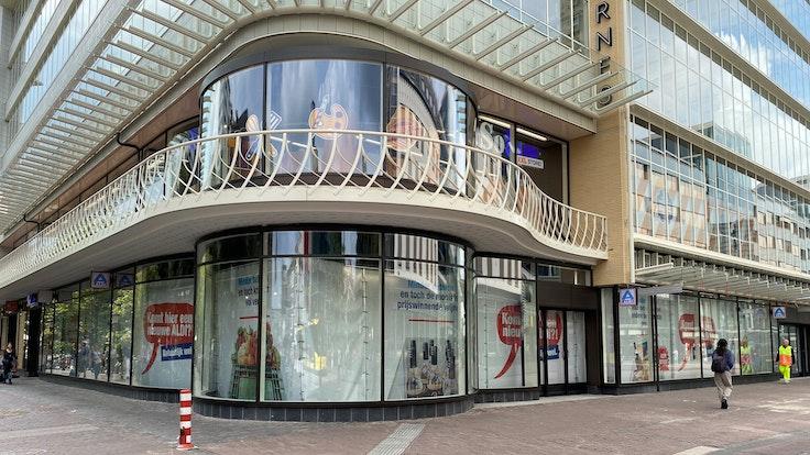 Aldi will die neue Technik zunächst in einer Filiale testen. Das Foto zeigt einen Aldi-Markt in der Innenstadt von Utrecht.
