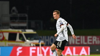 Spielte zuletzt nur 45 Minuten in Reykjavik: Lukas KLostermann.