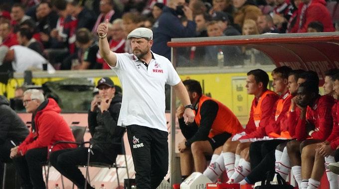 Steffen Baumgart trainiert den 1. FC Köln gegen Greuther Fürth.