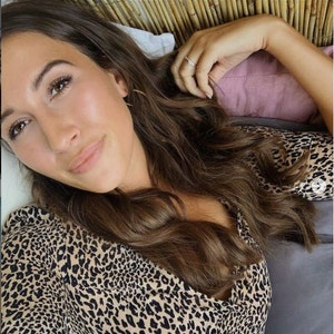 Mariella d'Auria, hier auf einem Instagram-Selfie vom 21. September 2019, grinst bei einem Selfie in die Kamera.