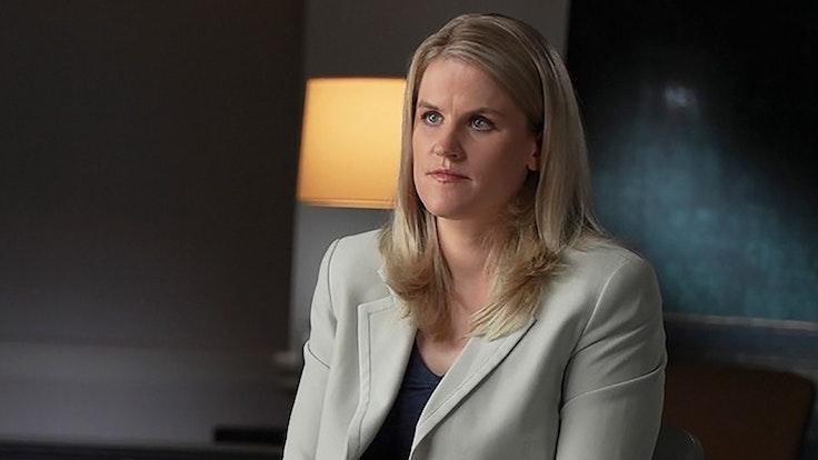 Facebook-Whistleblowerin Frances Haugen am 3. Oktober 2021 im Gespräch mit Scott Pelley vom Sender CBS.