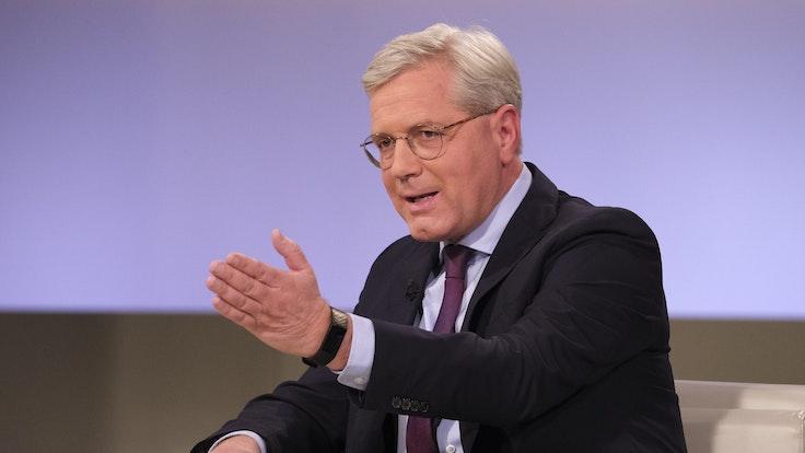 """CDU-Politiker Norbert Röttgen diskutiert am Sonntagabend (3. Oktober 2021) bei """"Anne Will""""."""