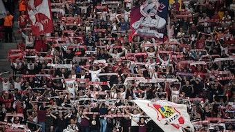 Support gegen Bochum: Die ultraaffinen Anhänger von RB Leipzig.