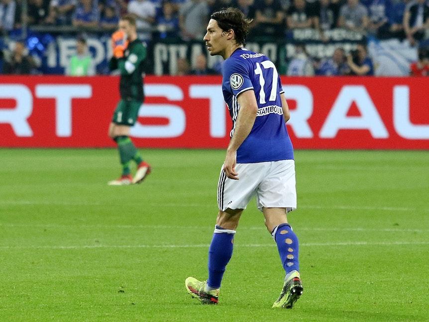 Benjamin Stambouli im Pokalspiel gegen Eintracht Frankfurt