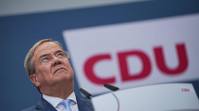 CDU-Kanzlerkandidat Armin Laschet gibt im September 2021 eine Pressekonferenz nach den Gremiensitzungen der Partei nach der Bundestagswahl 2021 im Konrad-Adenauer-Haus.