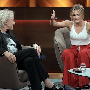 """Schlagerstar Helene Fischer am 28. Mai 2017 ist in der RTL-Talkshow """"Mensch Gottschalk"""" zu Gast. Auch bei """"Wetten, dass..?"""" soll sie am 6. November 2021 auftreten."""