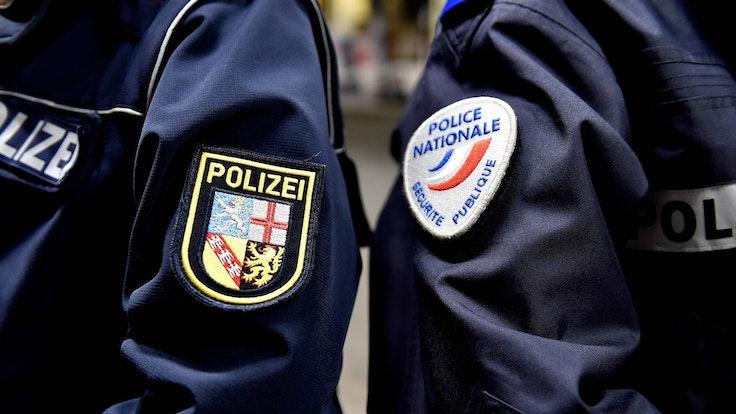 """Die französische Polizei hat den Serientäter """"Pockengesicht"""" gestellt. Vor einer Vorladung der Polizei in Paris nahm sich der Ex-Polizist das Leben."""