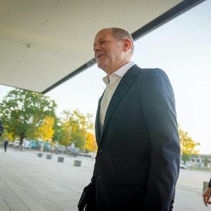 Olaf Scholz, SPD-Kanzlerkandidat, kommt am Donnerstagmorgen (7. Oktober) zu den Sondierungsgesprächen mit der FDP und Bündnis 90/Die Grünen.